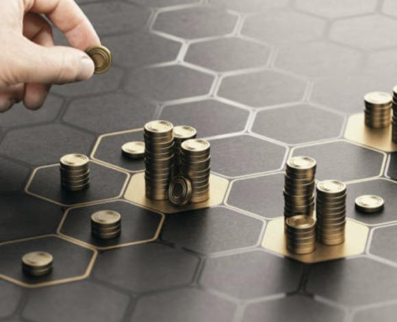 A Era do Capital Improdutivo
